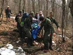 hiker broke his leg while hiking to Windham High Peak on march 30, 2019