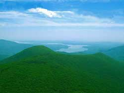 a 47 year old hiker lost on the cliffs of Cornell Mountain on November 15, 2020.